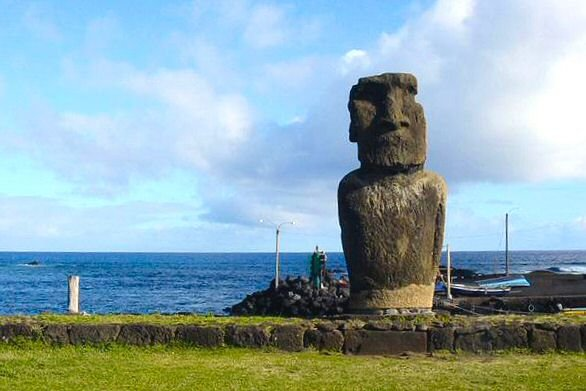 Easter Island by world beauty 17 RapaNui NationalPark