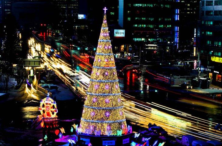 Christmas lighting Effort