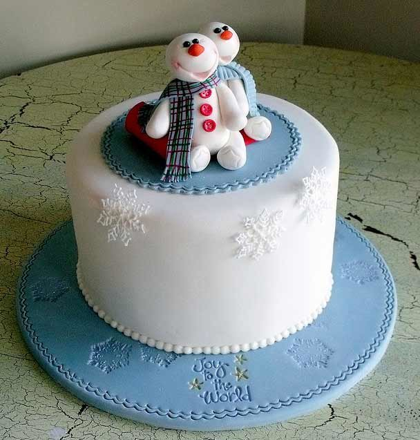 343cake45 Beautiful Christmas Cake Designs