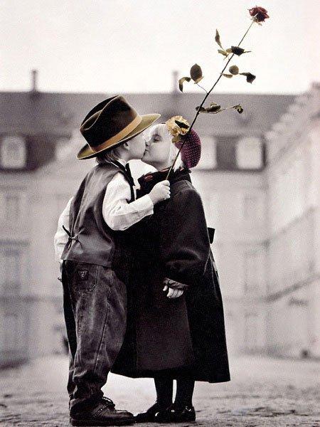 Childrens Kiss
