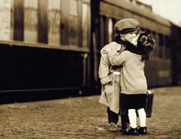Childrens Kiss (5)