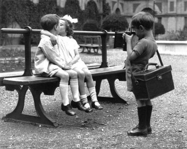 Childrens Kiss (4)