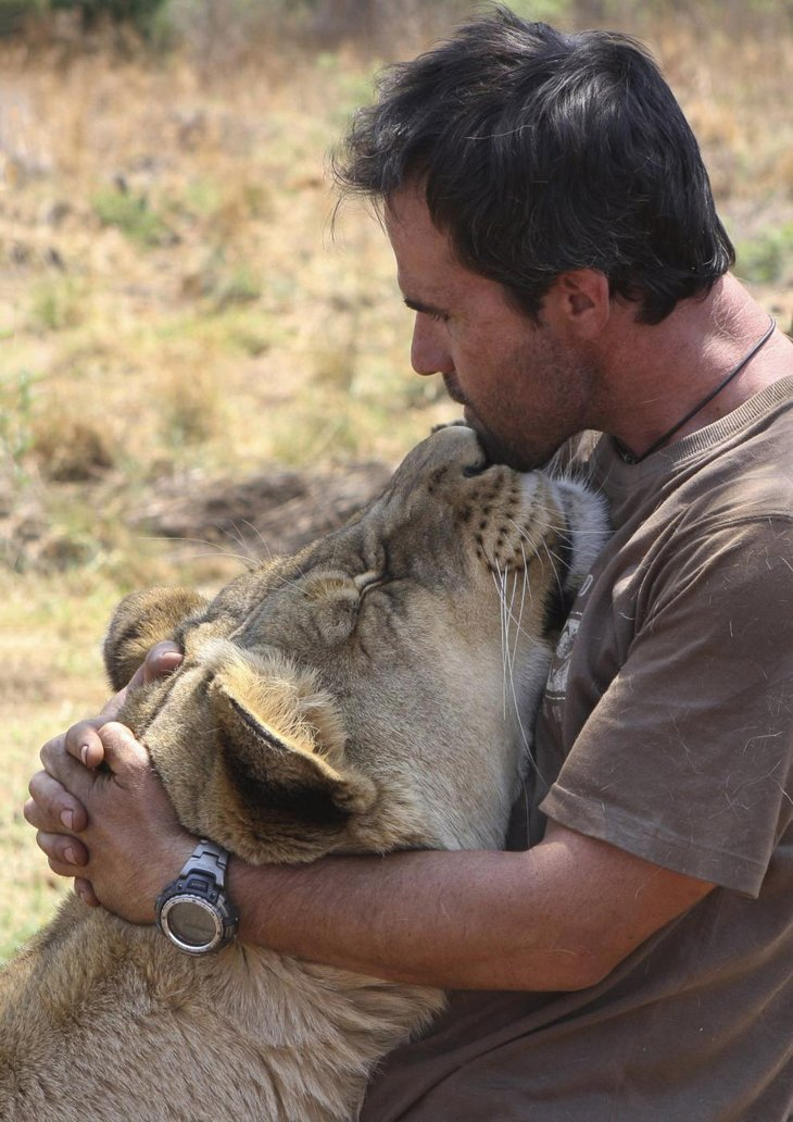 Kevin Richardson, The Lion Whisperer  (19)