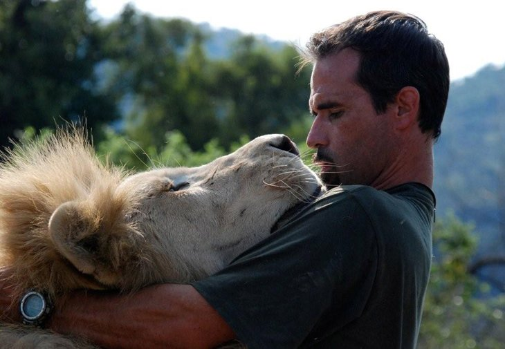 Kevin Richardson, The Lion Whisperer  (15)