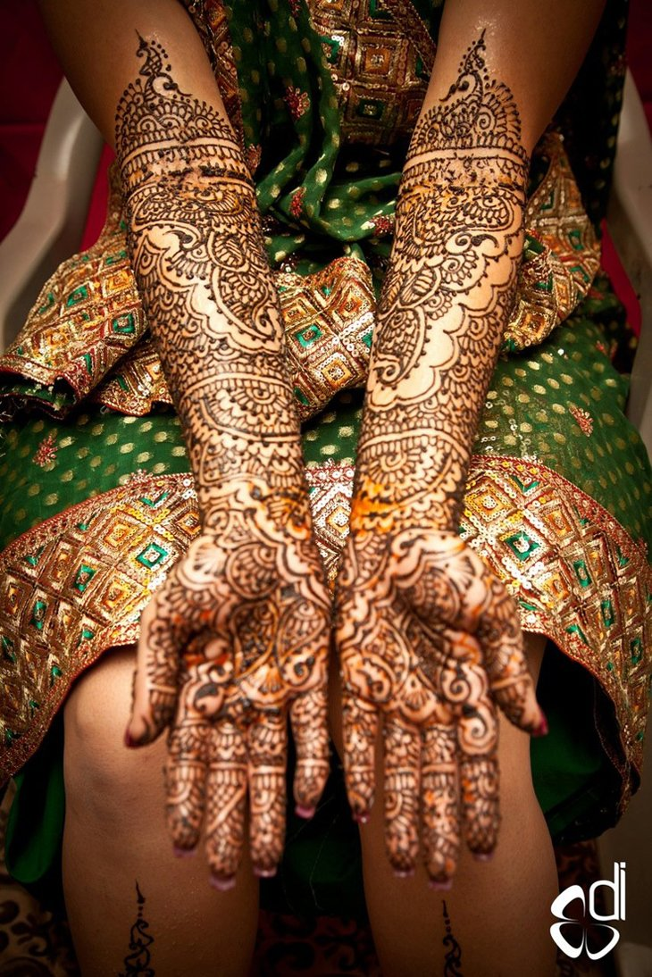 Beautiful Mehndi Designs (36)