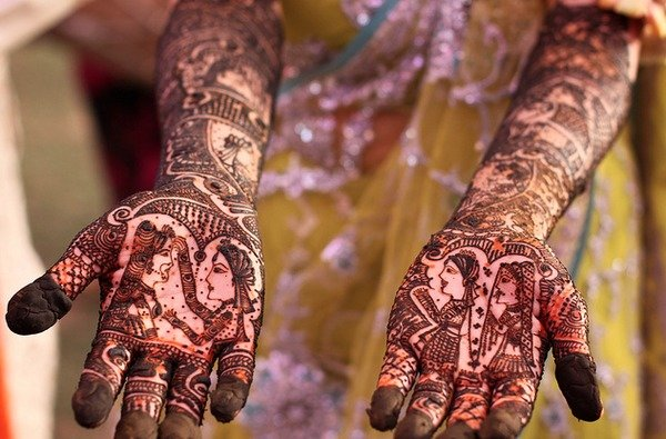 Beautiful Mehndi Designs (28)