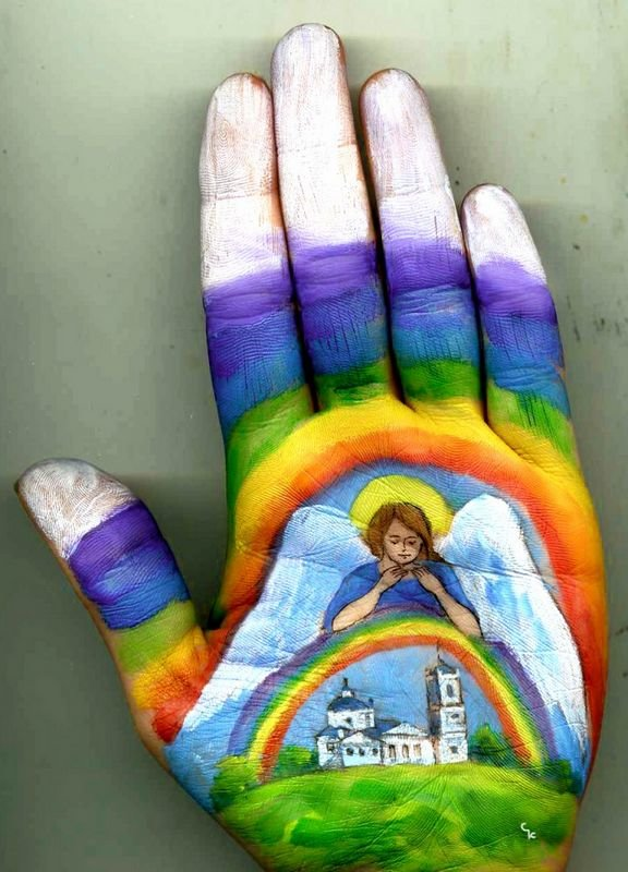 Beautiful Hand paintings by Svetlana Kolosova (5)