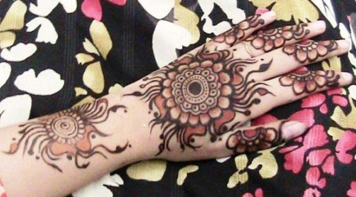 Beautiful Mehndi Designs (23)