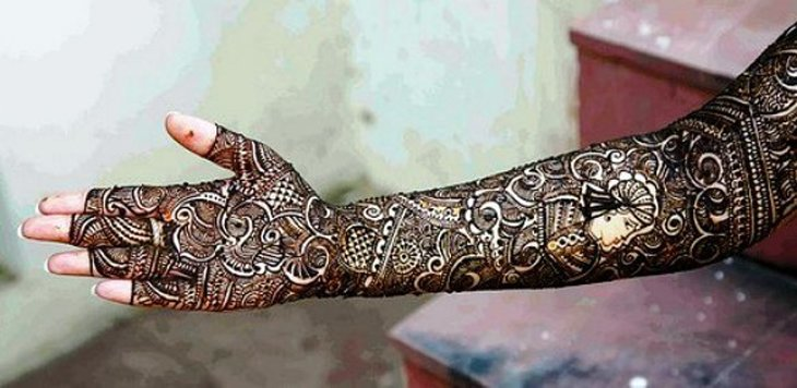 Beautiful Mehndi Designs (17)