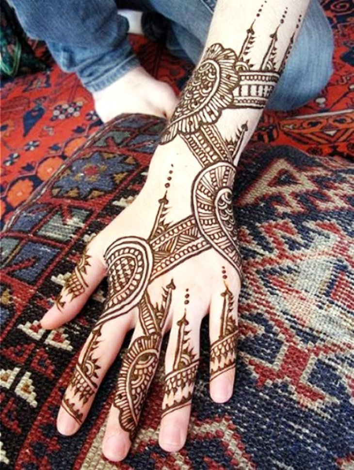 Beautiful Mehndi Designs (12)