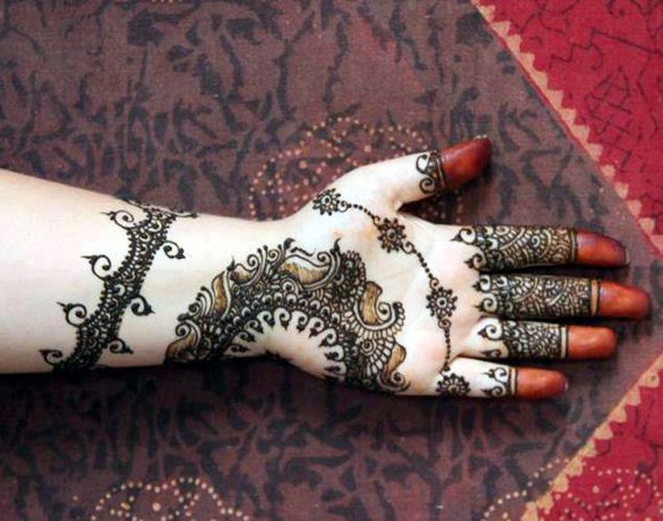 Beautiful Mehndi Designs (6)