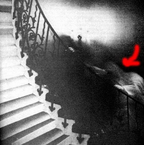 00051 TOP 25 MOST FAMOUS PHOTOS OF GHOSTS