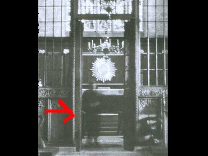 00141 TOP 25 MOST FAMOUS PHOTOS OF GHOSTS