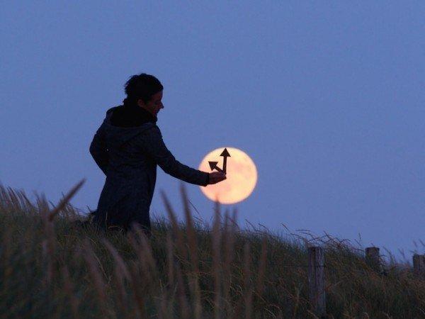 Creative Moon Photography By LaurentLaveder (6)