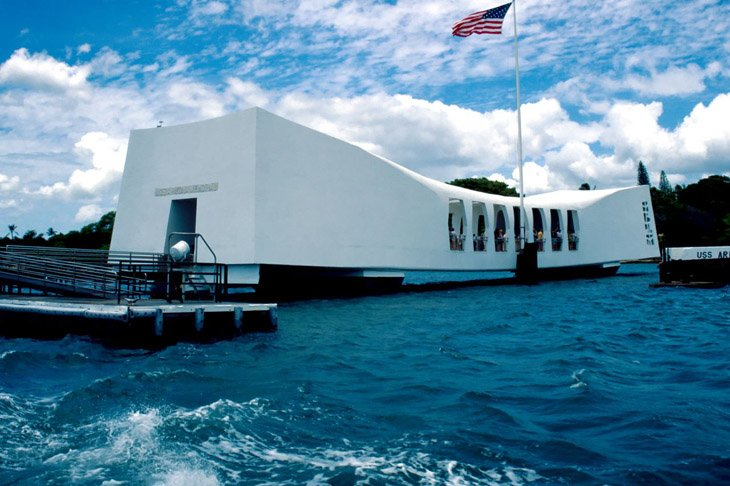 The USS Arizona Memorial (13)