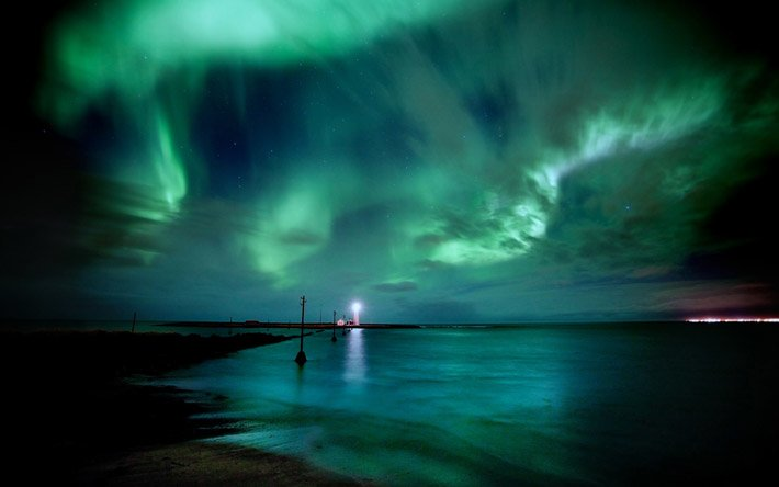 Auroras – Light of the night  (13)