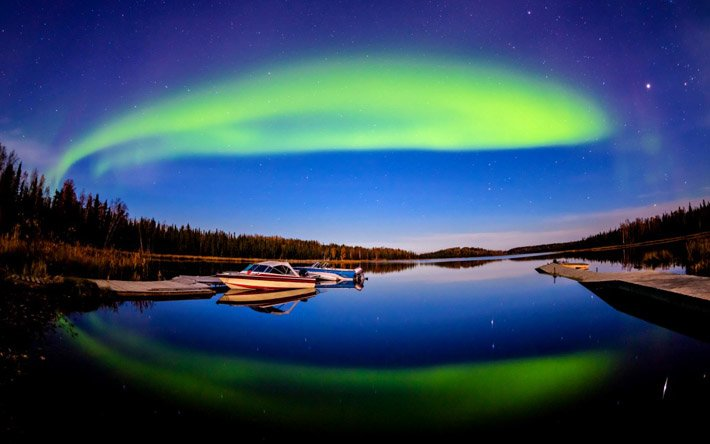 Auroras – Light of the night  (8)