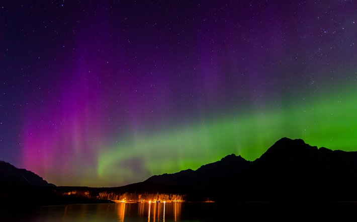Auroras – Light of the night  (5)