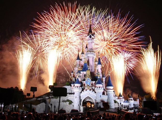 Disneyland-Christmas-