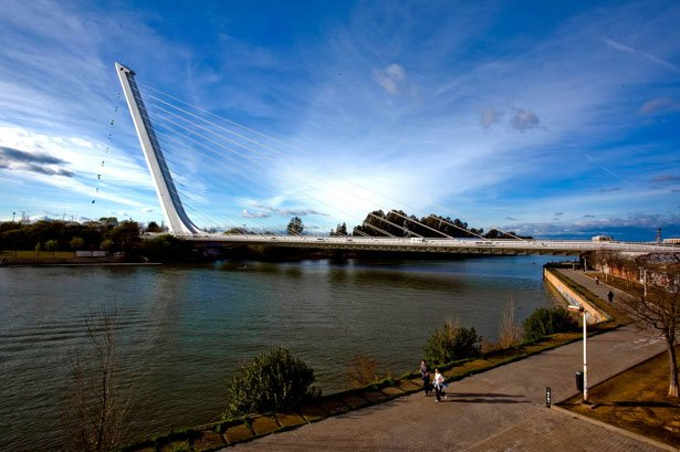 24 Amazing Bridges in the world (14)