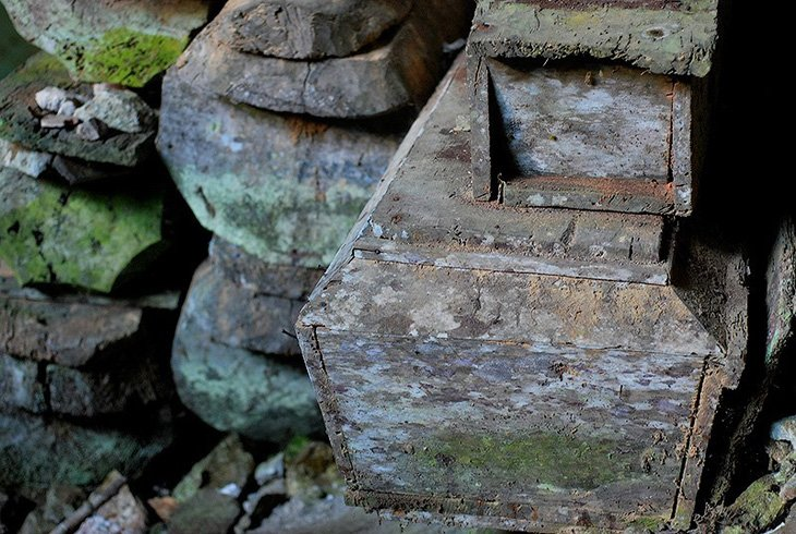 Mysterious hanging coffins of Sagada (3)