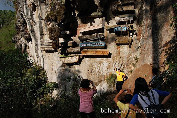 Mysterious hanging coffins of Sagada (1)