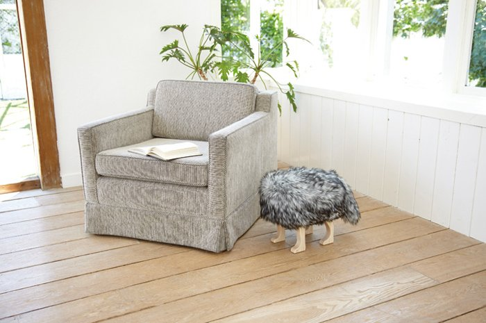 bizarre pieces of furniture that look like animals (18)