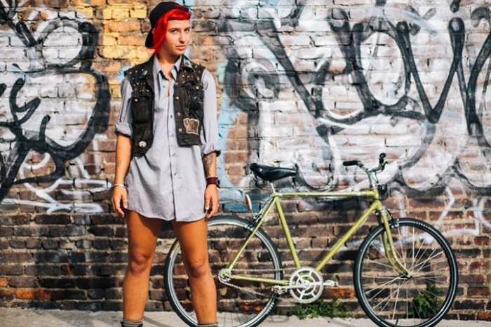 Portraits of Hip New Yorkers with Their Bikes  (12)