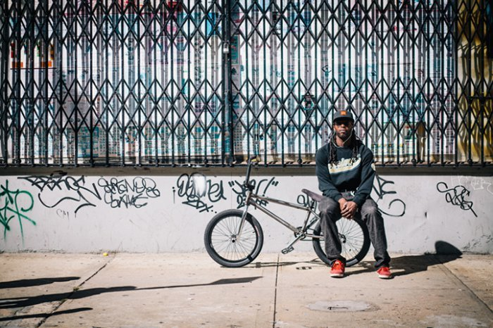 Portraits of Hip New Yorkers with Their Bikes  (5)