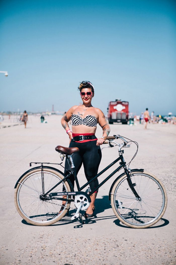 Portraits of Hip New Yorkers with Their Bikes  (4)
