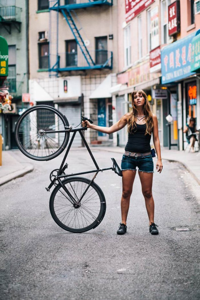 Portraits of Hip New Yorkers with Their Bikes  (2)