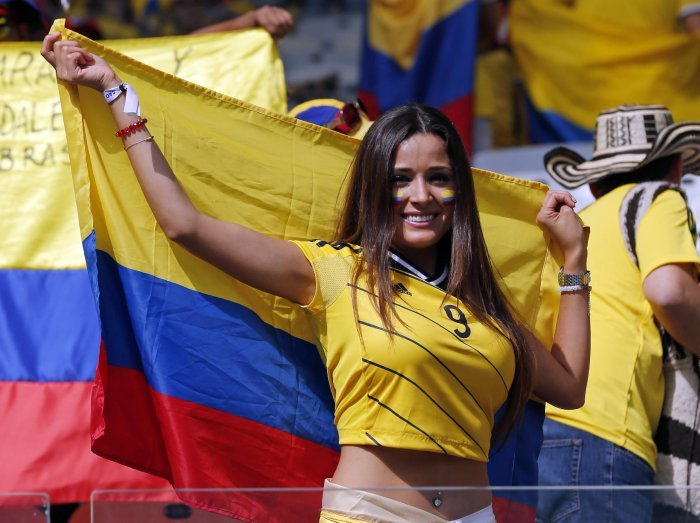 FIFA World Cup 2014: beauty-cheerleaders (27)
