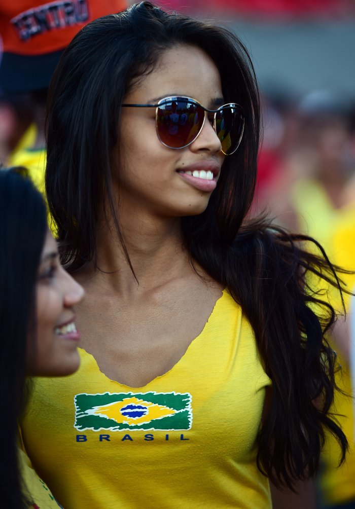FIFA World Cup 2014: beauty-cheerleaders (25)