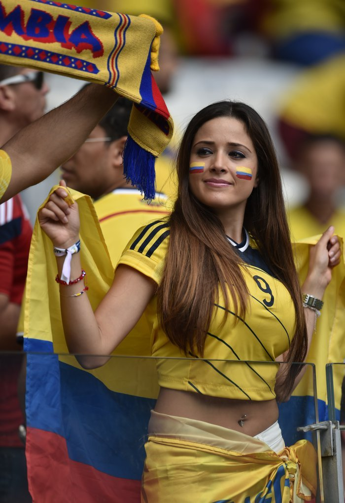 FIFA World Cup 2014: beauty-cheerleaders (18)