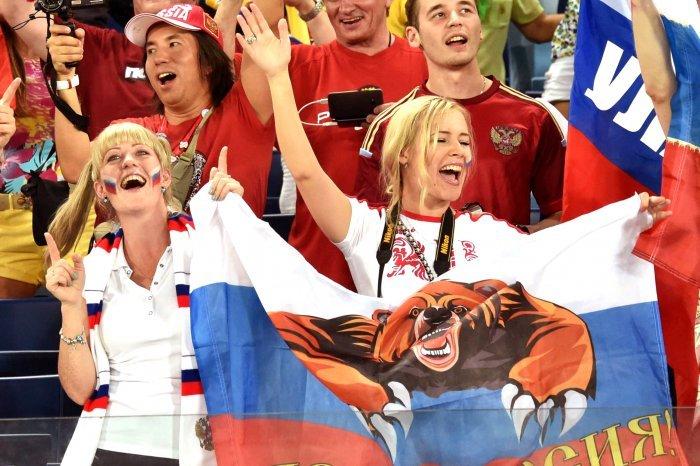 FIFA World Cup 2014: beauty-cheerleaders (13)