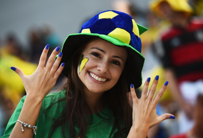 FIFA World Cup 2014: beauty-cheerleaders (6)
