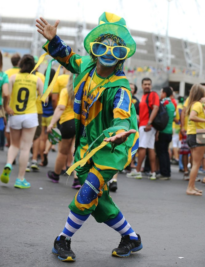 creative costumes fans at World Cup 2014 (9)