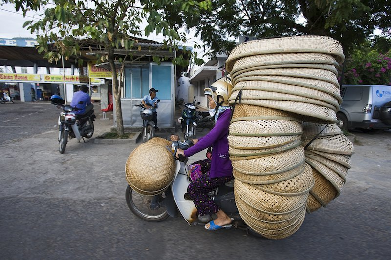 "Vietnam's ""Bikes of Burden"" by Hans Kemp (7)"