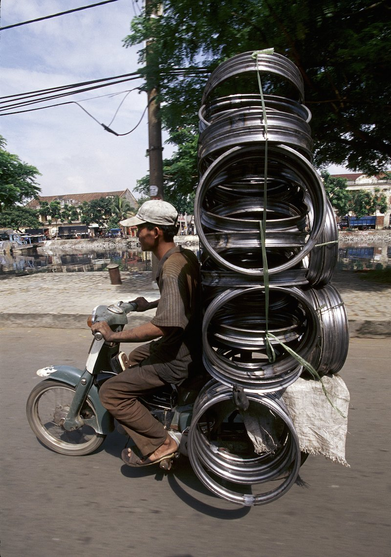 "Vietnam's ""Bikes of Burden"" by Hans Kemp (2)"