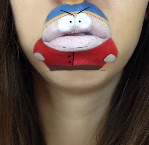 Funny makeup on her lips (7)