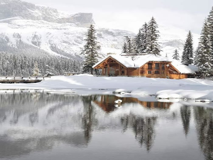 Private Islands - Emerald Lake