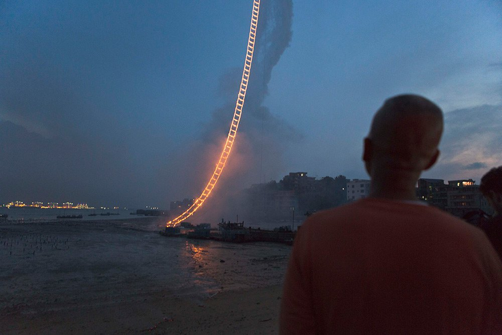 "Cai Guo-Qiang – ""Sky Ladder"" (China) (2)"