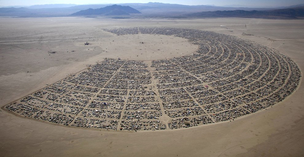 Burning Man - Black Rock Desert in Nevada (13)