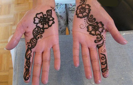 Asian Famous Mehndi Designs For Hand Finger (30)