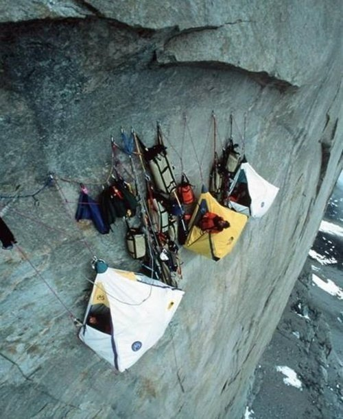 The Extreme Camping Photography (17)