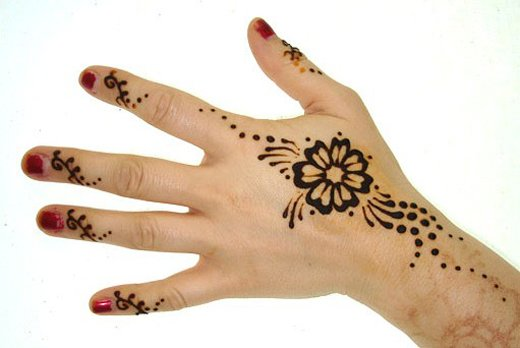 Asian Famous Mehndi Designs For Hand Finger (24)