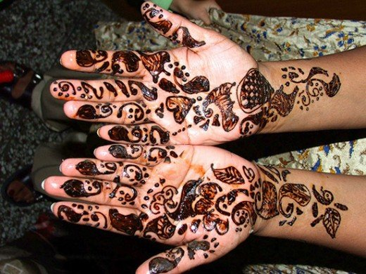 Asian Famous Mehndi Designs For Hand Finger (8)