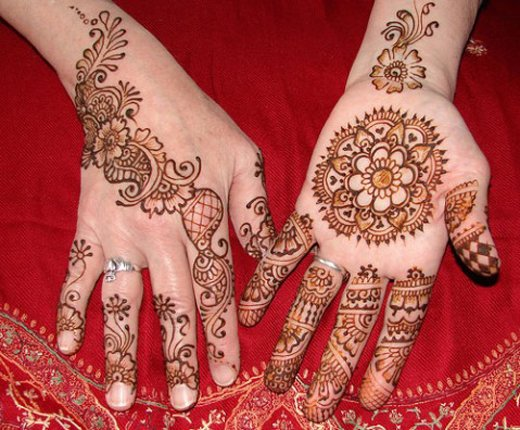 Asian Famous Mehndi Designs For Hand Finger (1)