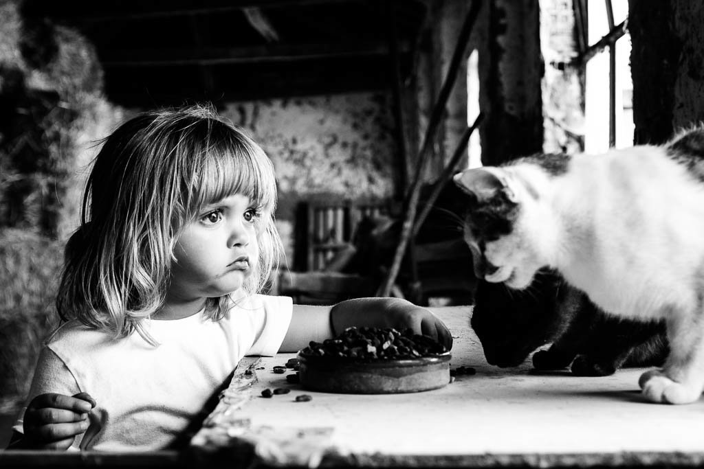 Children And Animals Photography Contest (20)